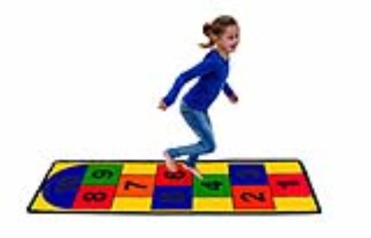 بازی های و سرگرمی های کودک هفت ساله