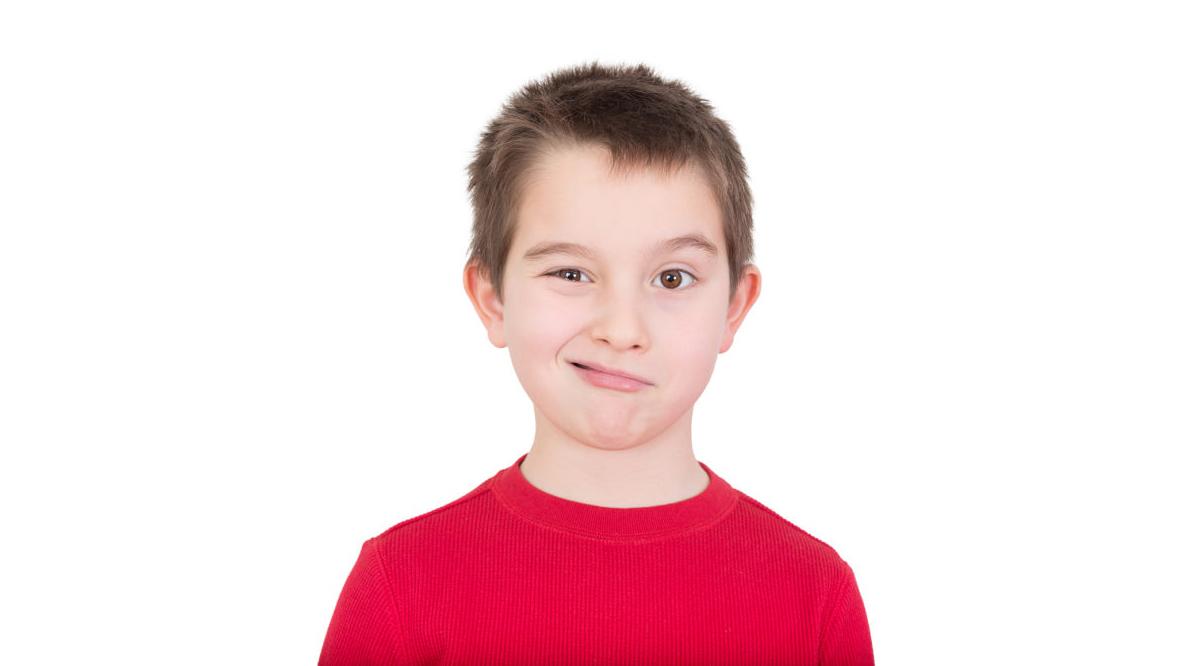 آنچه از تیک عصبی در کودکان باید بدانید