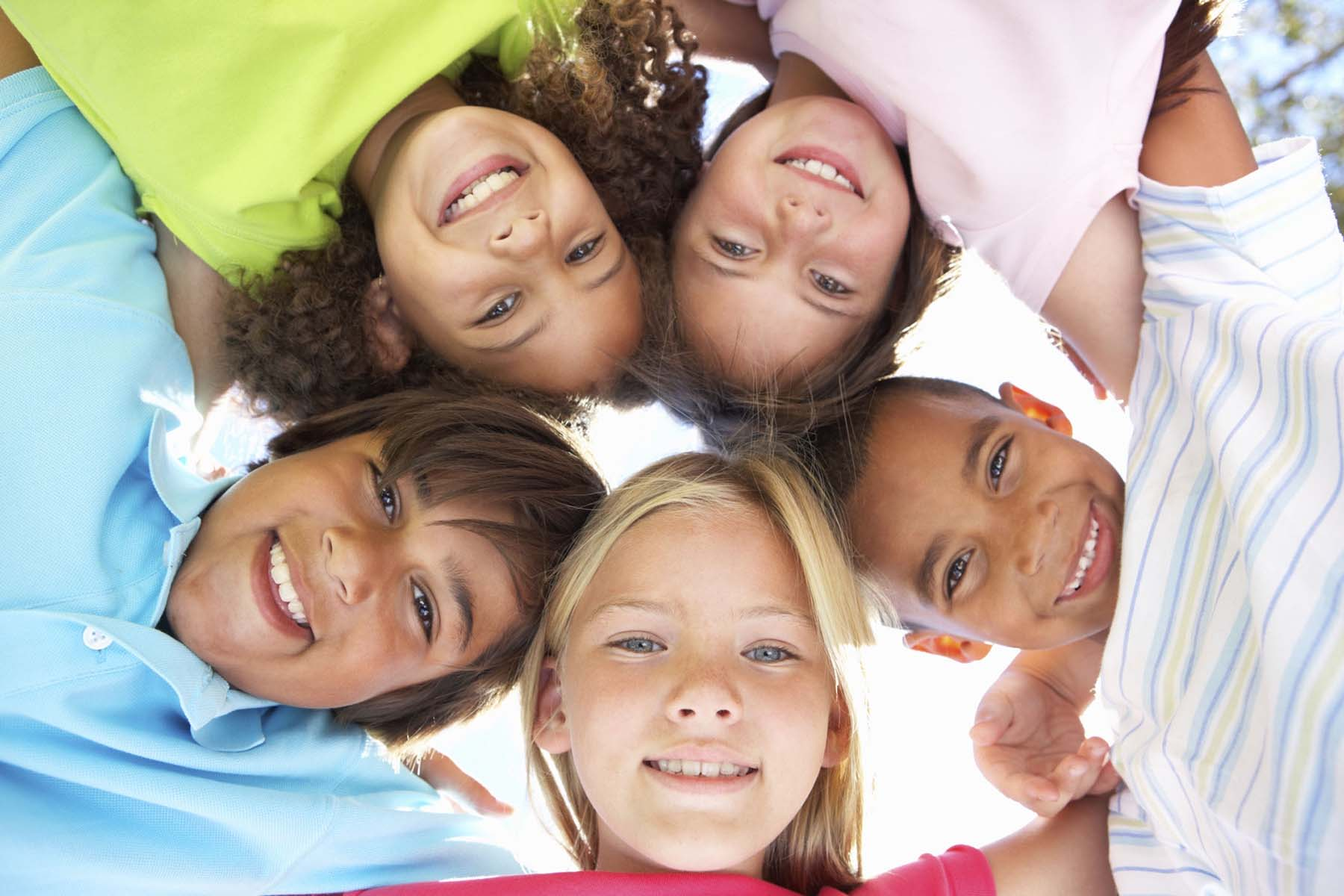 آموزش دوست یابی به کودکان