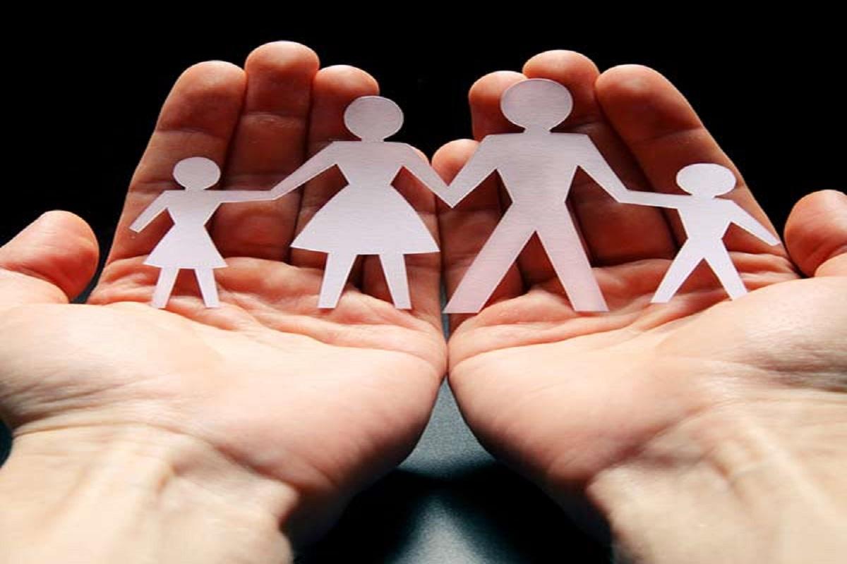 آیا اساسا چیزی به عنوان خانواده درمانی وجود دارد؟
