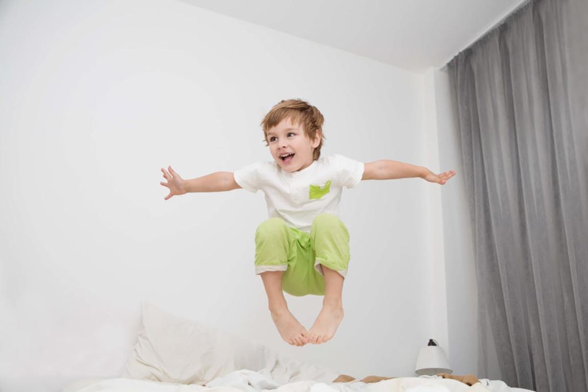 کودکان بیش فعال علائم و درمان آن