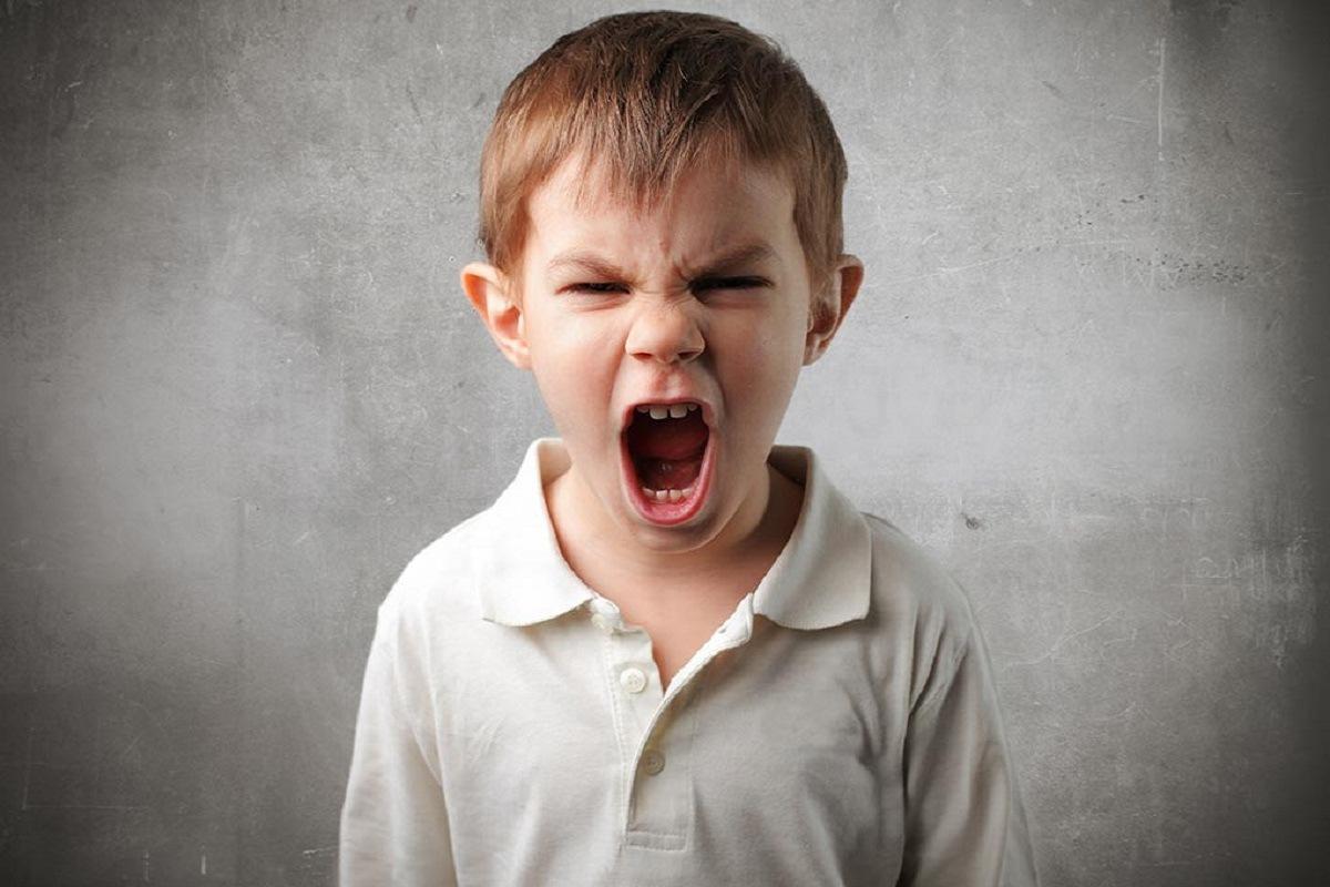 10 دلیل شگفت انگیز بدرفتاری کودکان