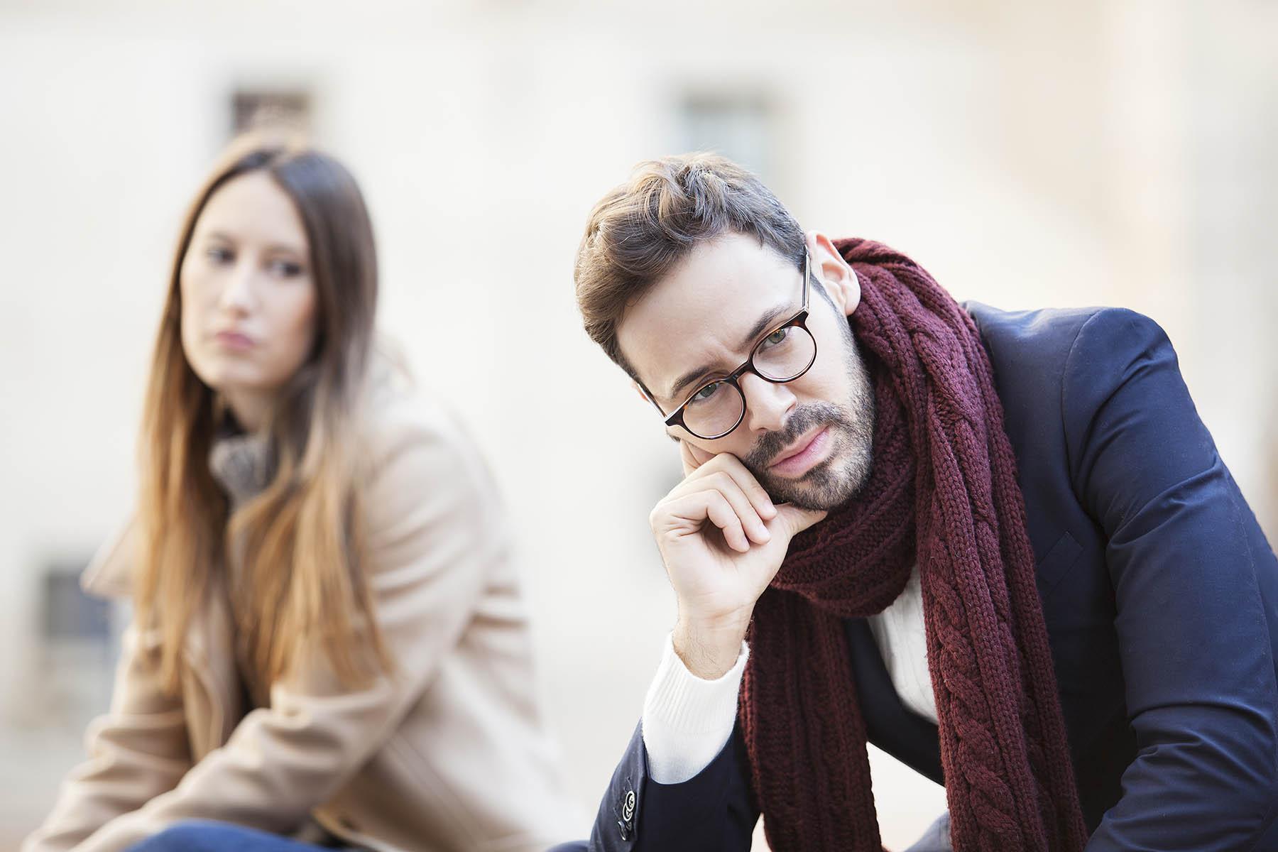 سردی روابط عاطفی در دوران نامزدی و راهکارها