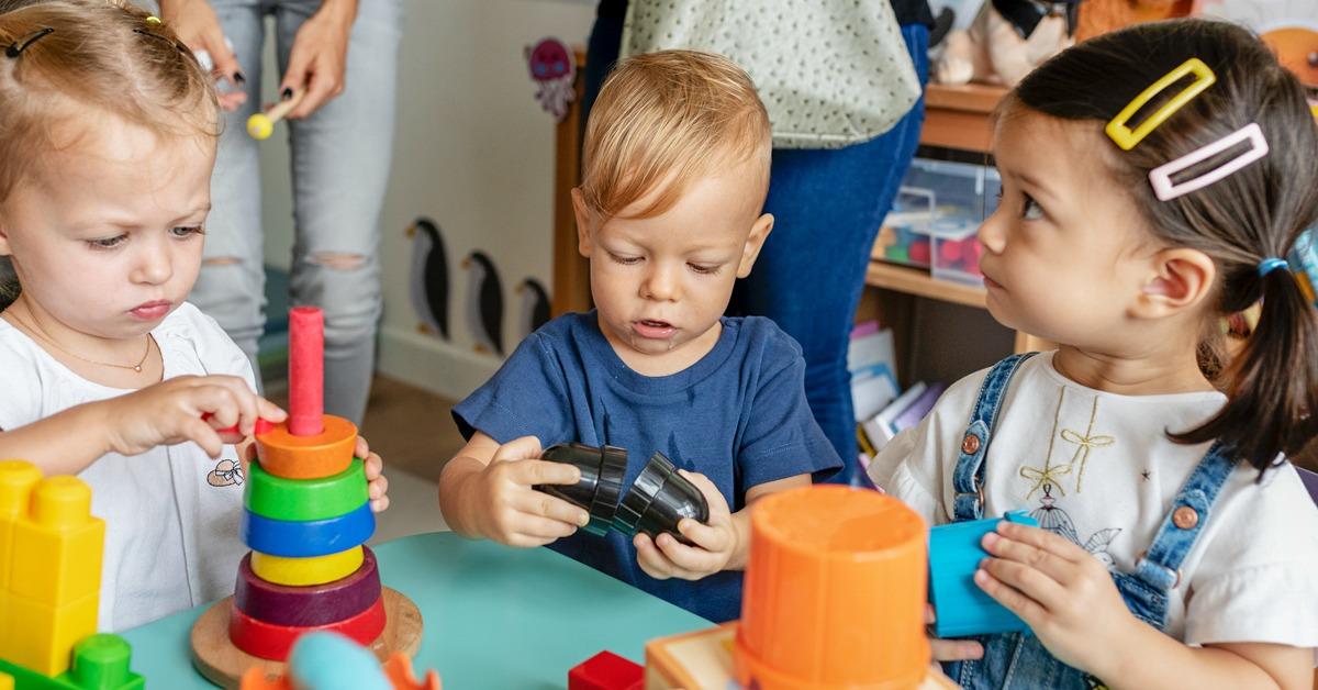 تأثیر بازی ها و اسباب بازی های کودکی بر بزرگسالی