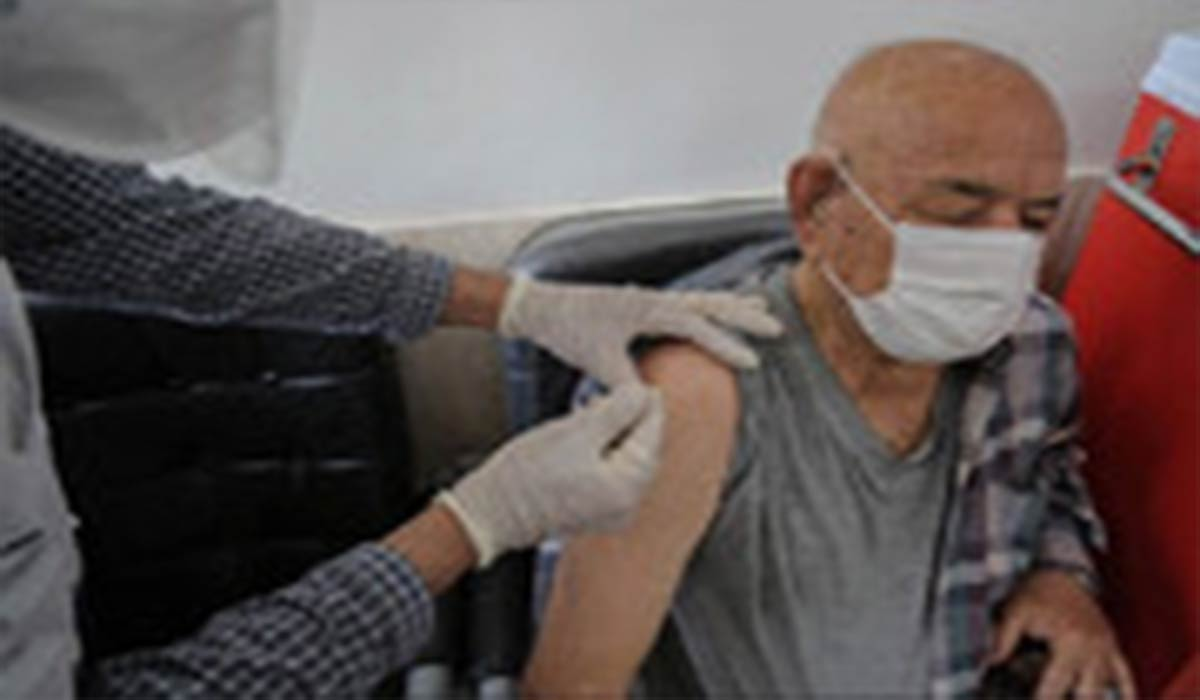 واکسیناسیون افراد بالای 65 سال