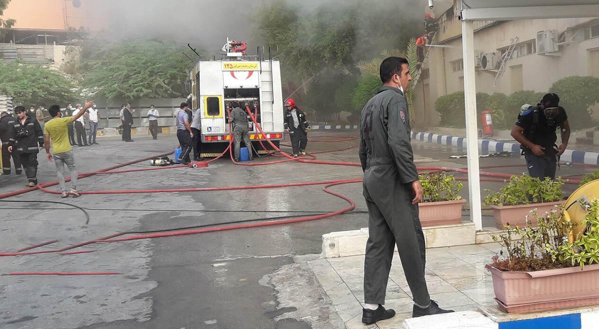 آتش سوزی در پاساژ معروف پردیس کیش