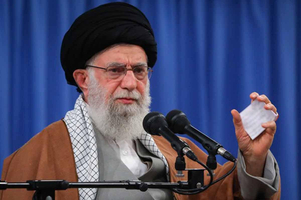 بیانات رهبر انقلاب در دیدار بسیجیان