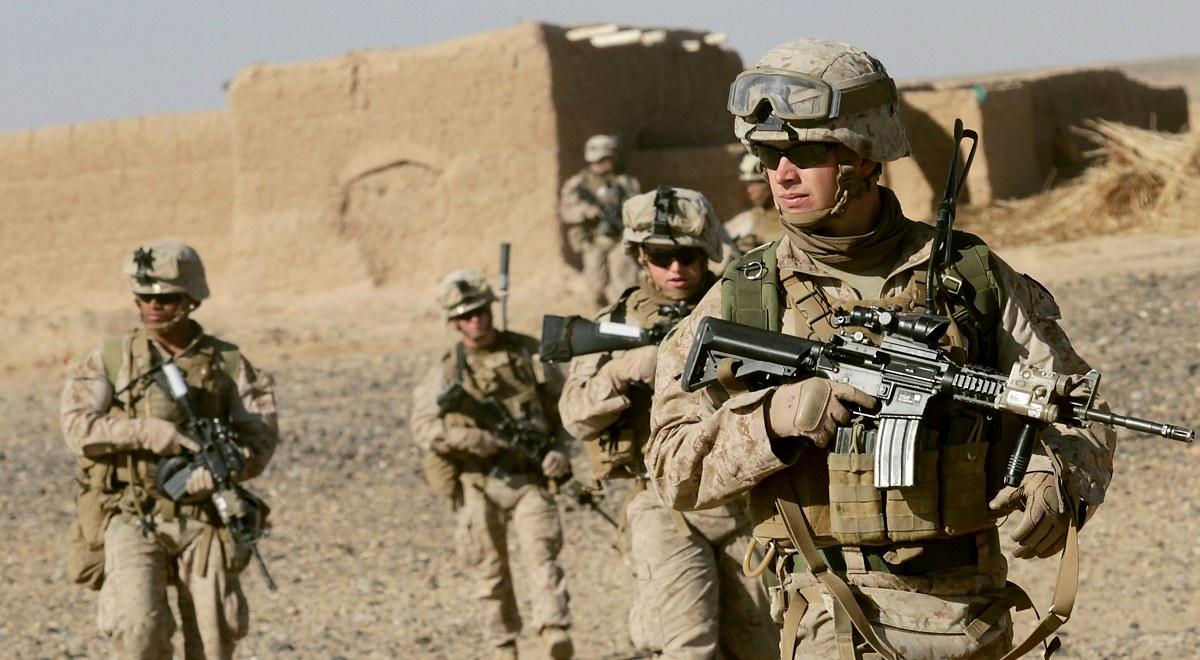 لحظه رسیدن تفنگداران آمریکایی به سفارت آمریکا در عراق