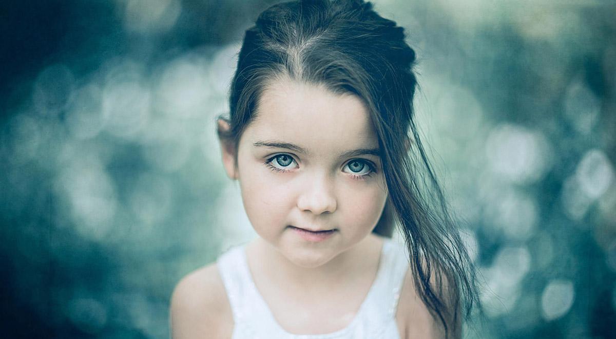 ببینید این دختر کوچولو واسه کرونا چقدر ناز خونده