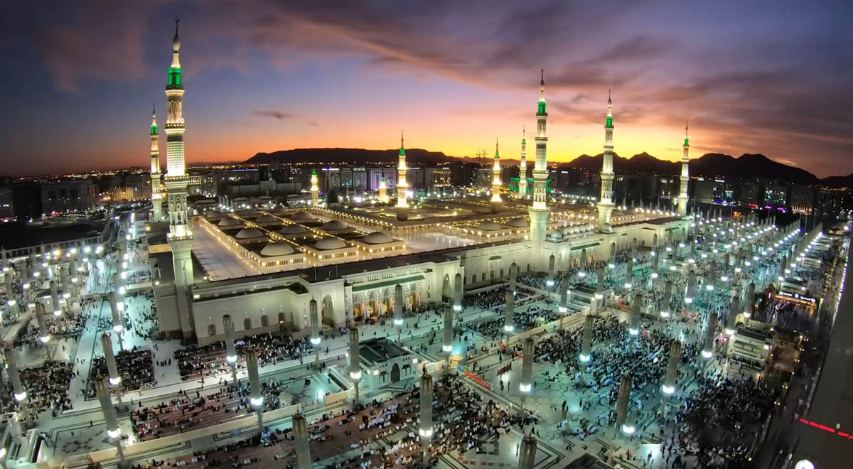 نماهنگ   ماه اومده جان و دل از راه اومده / حاج سید مجید بنی فاطمه