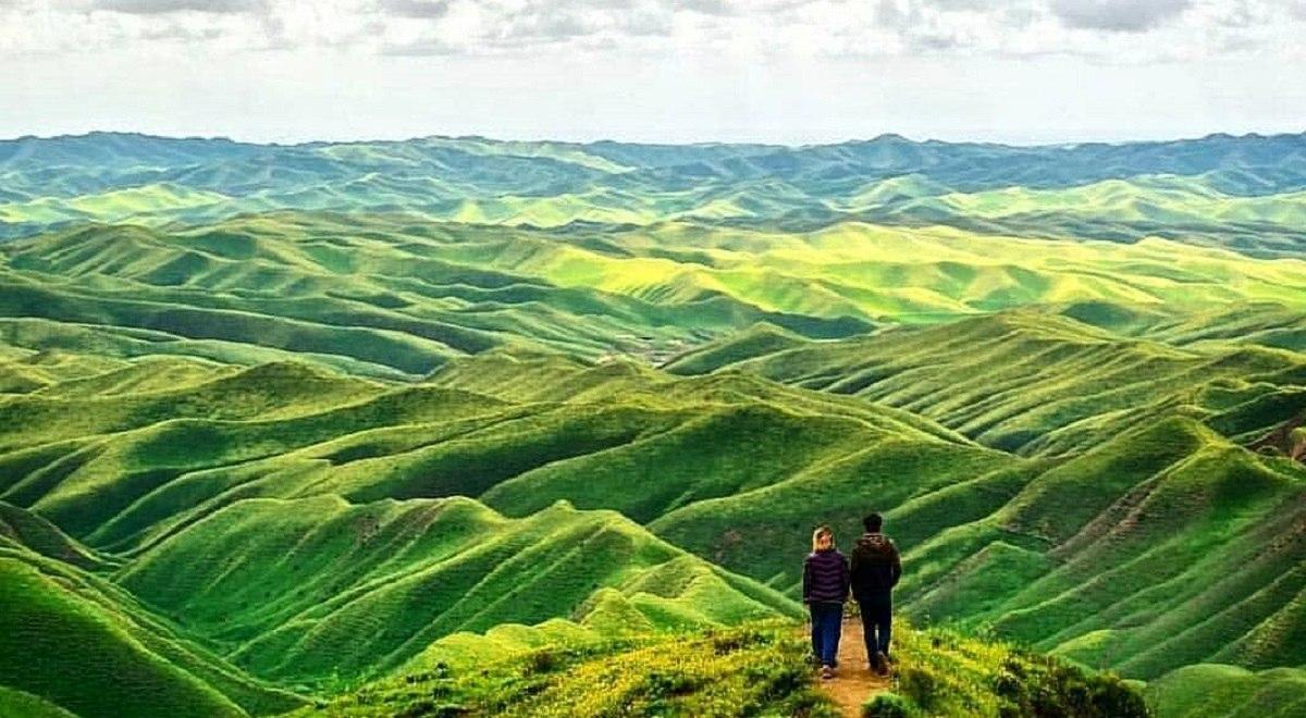 طبیعت این نقطه ایران مسحورکننده است / تپه ماهورهای هزاردره