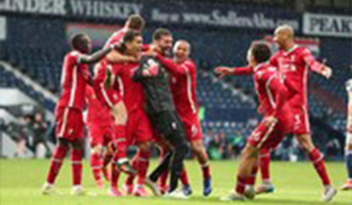 گل پیروزی دروازهبان لیورپول در دقیقه ۹۴