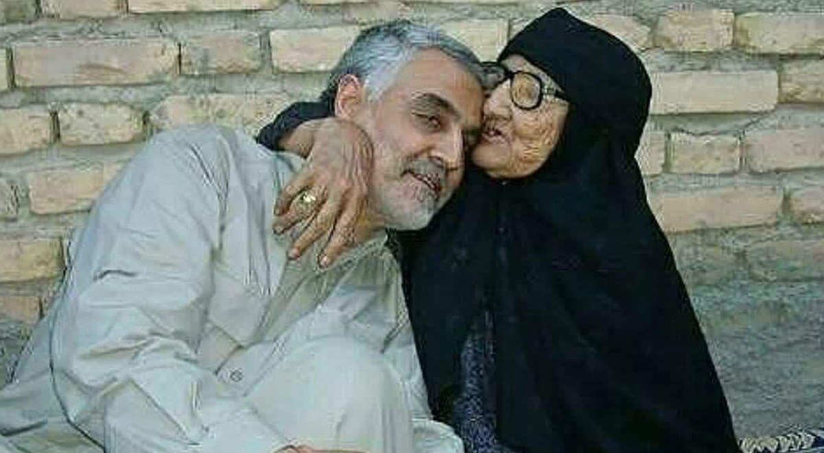 مکالمه تلفنی حاج قاسم سلیمانی با مادرش ...