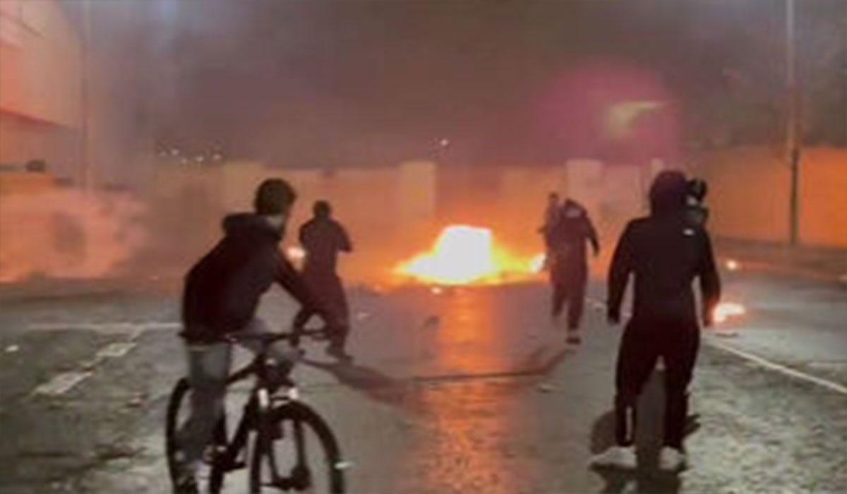درگیریهای خشونت بار معترضان با پلیس ایرلند