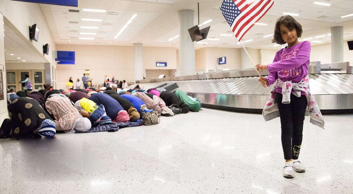 پیوستن آمریکایی ها به صف نماز مسلمانان برای حل بحران کرونا