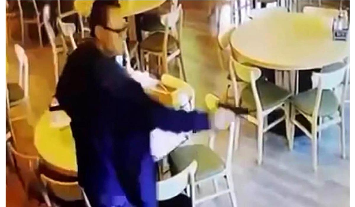 ویدیوی لحظه قتل زن خائن با مرد غریبه توسط شوهر!