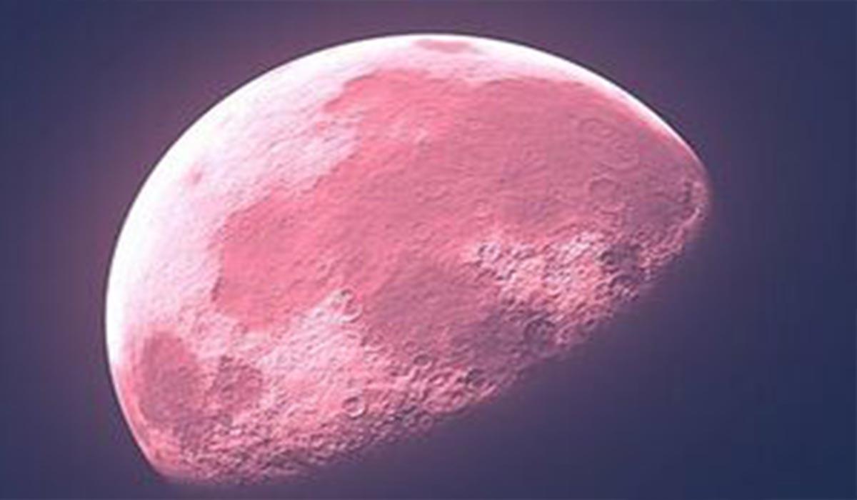 ماه صورتی یک پدیده عجیب و خیره کننده