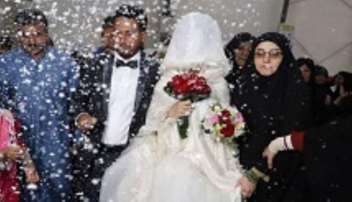جشن ازدواج زوج جوان در اردوگاه اسکان شهید هاشمی