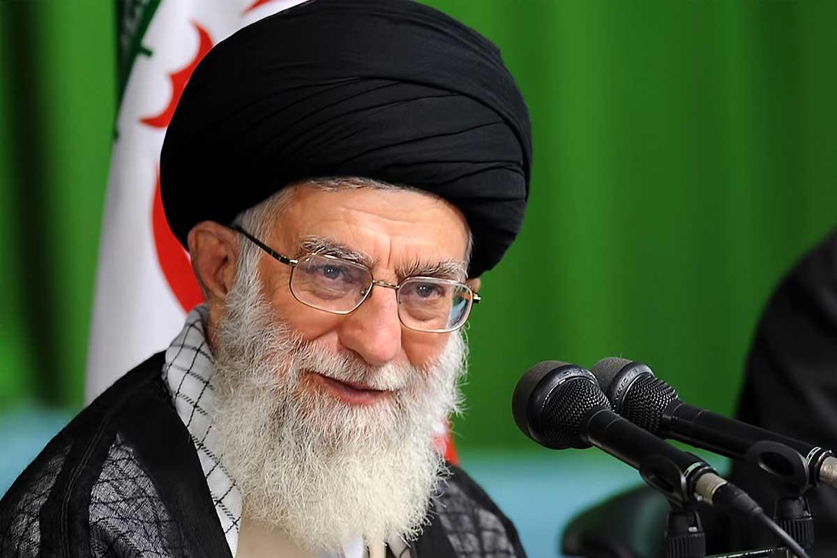 دنیا محتاج قرآن است/ مقام معظم رهبری