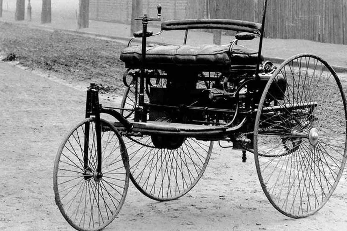 اولین اتومبیل دنیا توسط کمپانی بنز