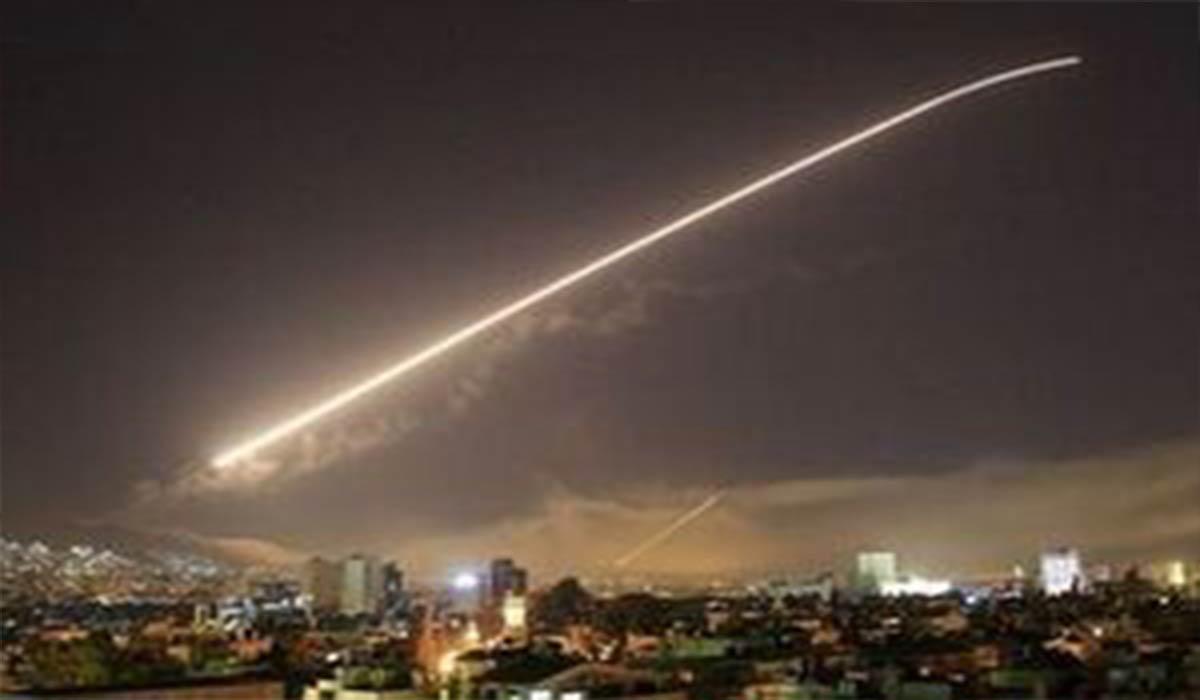 موشک صهیونیستها در آسمان لاذقیه رهگیری شد!