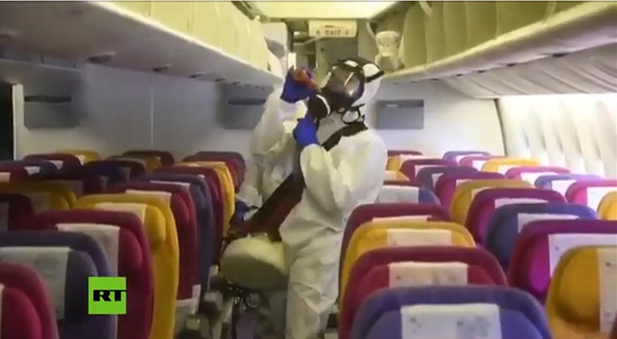 ضدعفونی عجیب هواپیمای برگشتی از چین