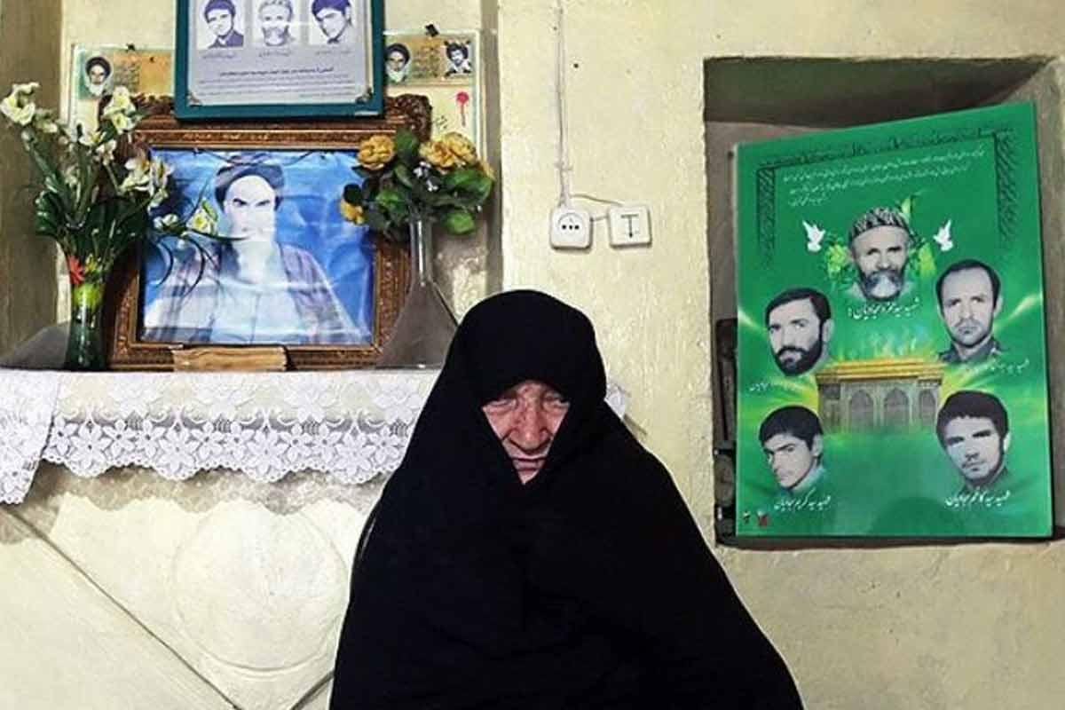 مادری که 5 شهید تقدیم اسلام کرد