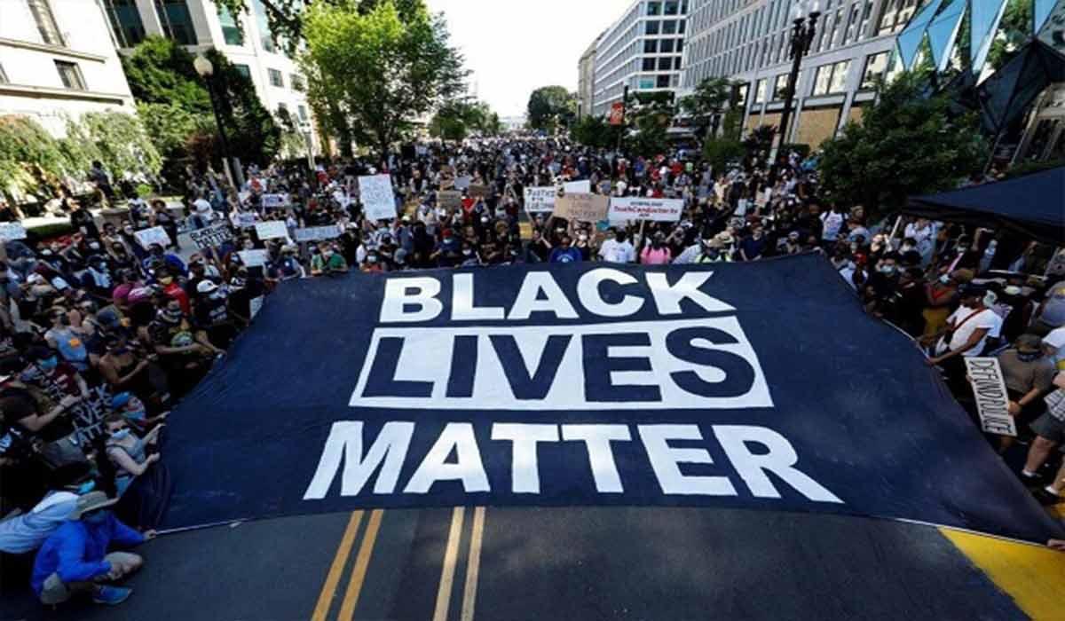 خشونت پلیس فقط با معترضان سیاهپوست!