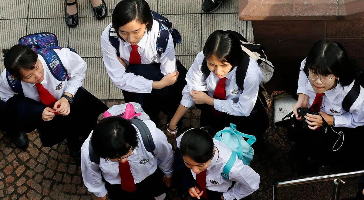تصاویری از اجرای تدابیر پیشگیرانه برای دانش آموزان چینی