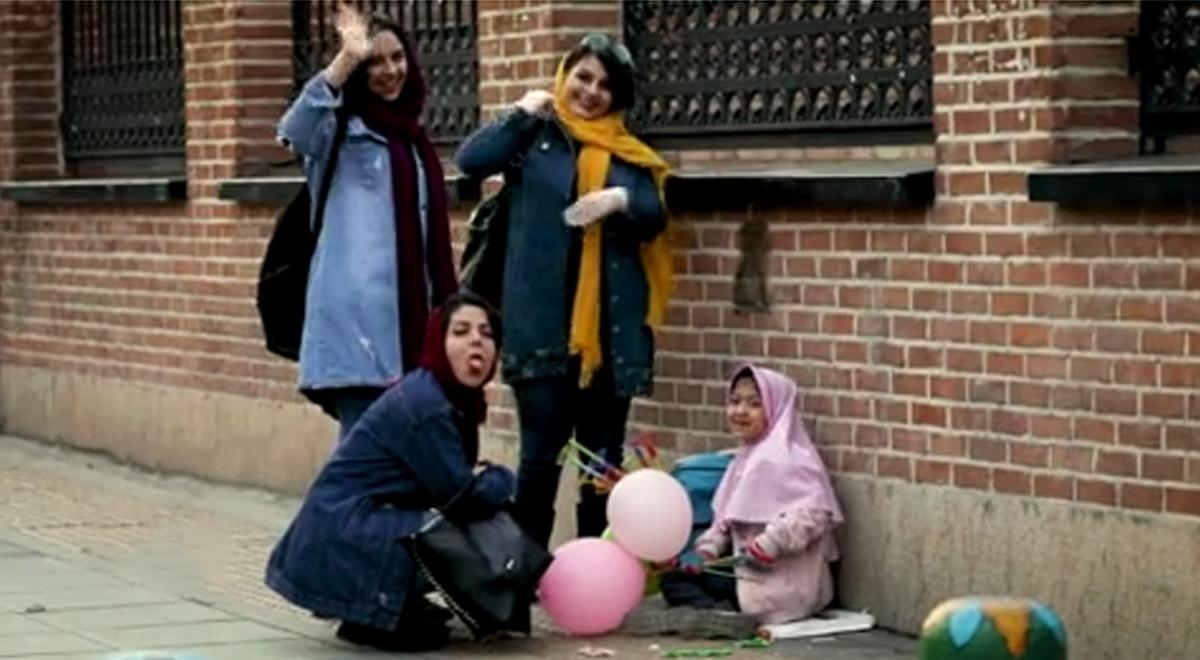 دوربین مخفی   واکنش مردم به درخواست عجیب کودک کار