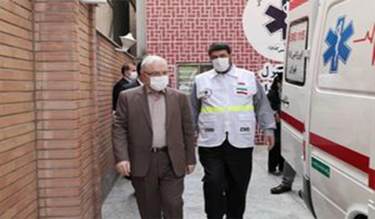 پرسنلی که ماسک نزدند در بازدید سرزده وزیر بهداشت!