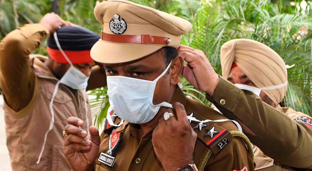 حمله مردم به چند دکتر در هند
