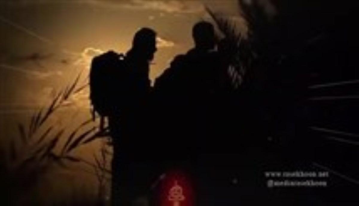 حاج مهدی رسولی - شهادت امام حسن مجتبی علیه السلام و ماه صفر سال 96 - قدم قدم پا میذارم تو جاده ها، تا برسم به کربلا حسین حسین (زمینه)