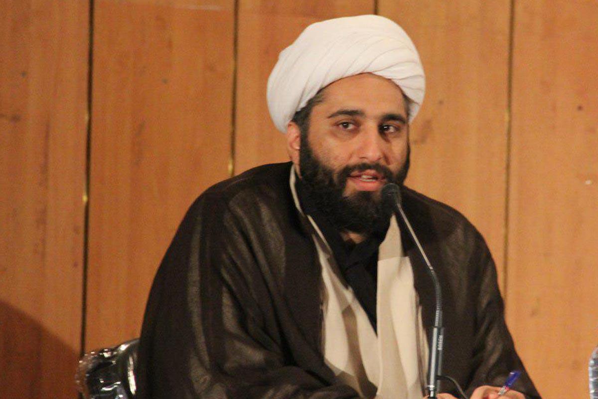 ممانعت امیرالمؤمنین از رفتار تملق آمیز/ استاد حامد کاشانی