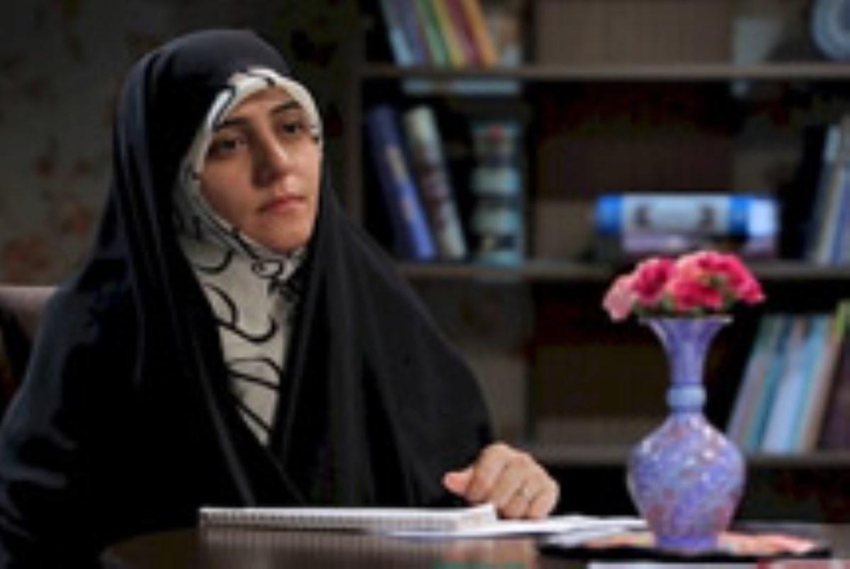 شهید یوسف کلاهدوز به روایت همسرش-مجموعه برنامه نیمه پنهان ماه