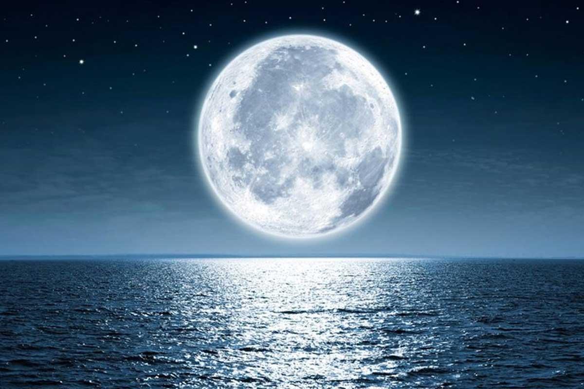 ترانه «از ماه پرسم»/ احمدرضا نساجان