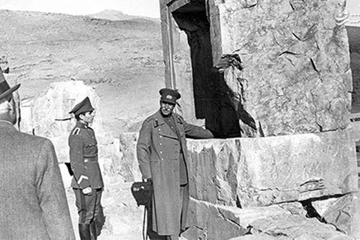 پهلوی و تخریب بناهای تاریخی
