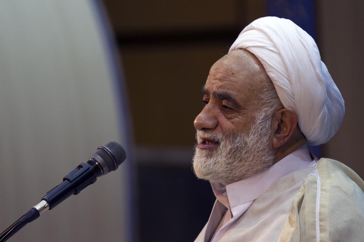 تفسیر سوره فرقان/ قرائتی: آیه 17-18