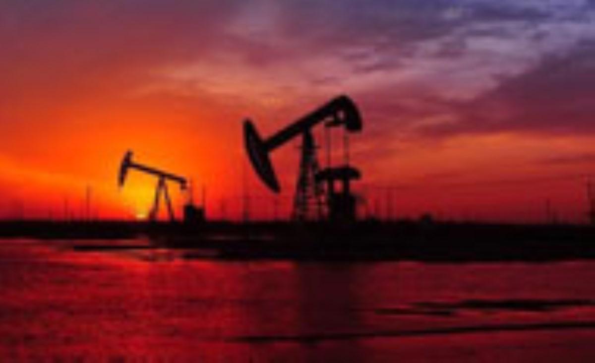 تیر آمریکا علیه نفت ایران به هدف میخورد یا بهسنگ؟