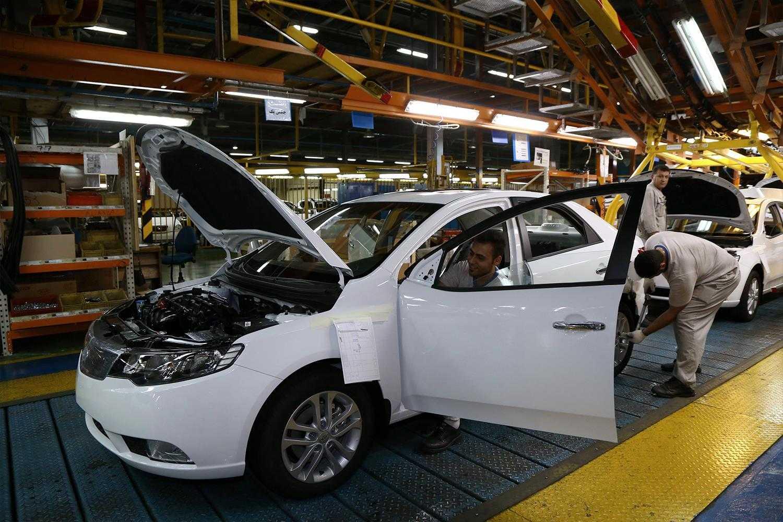 فروش فوق العاده ایران خودرو از ۴ خرداد آغاز می شود