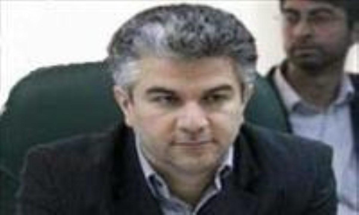 وزارت بهداشت توپ زیرمیزی پزشکان را به زمین بیمهها انداخت