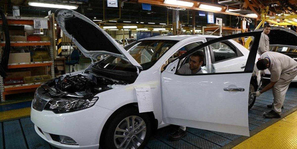 کاهش تولید نزدیک به 50 درصدی خودرو