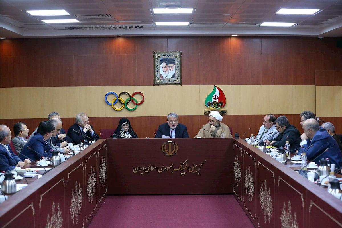 خبر تعلیق ورزش ایران کذب محض است