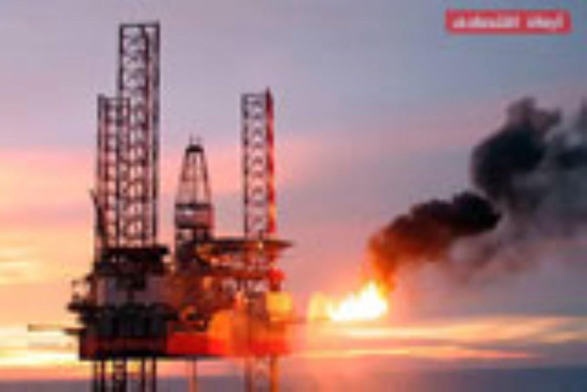 ایران تنگه هرمز را ببندد، نفت ۲۵۰ دلار میشود