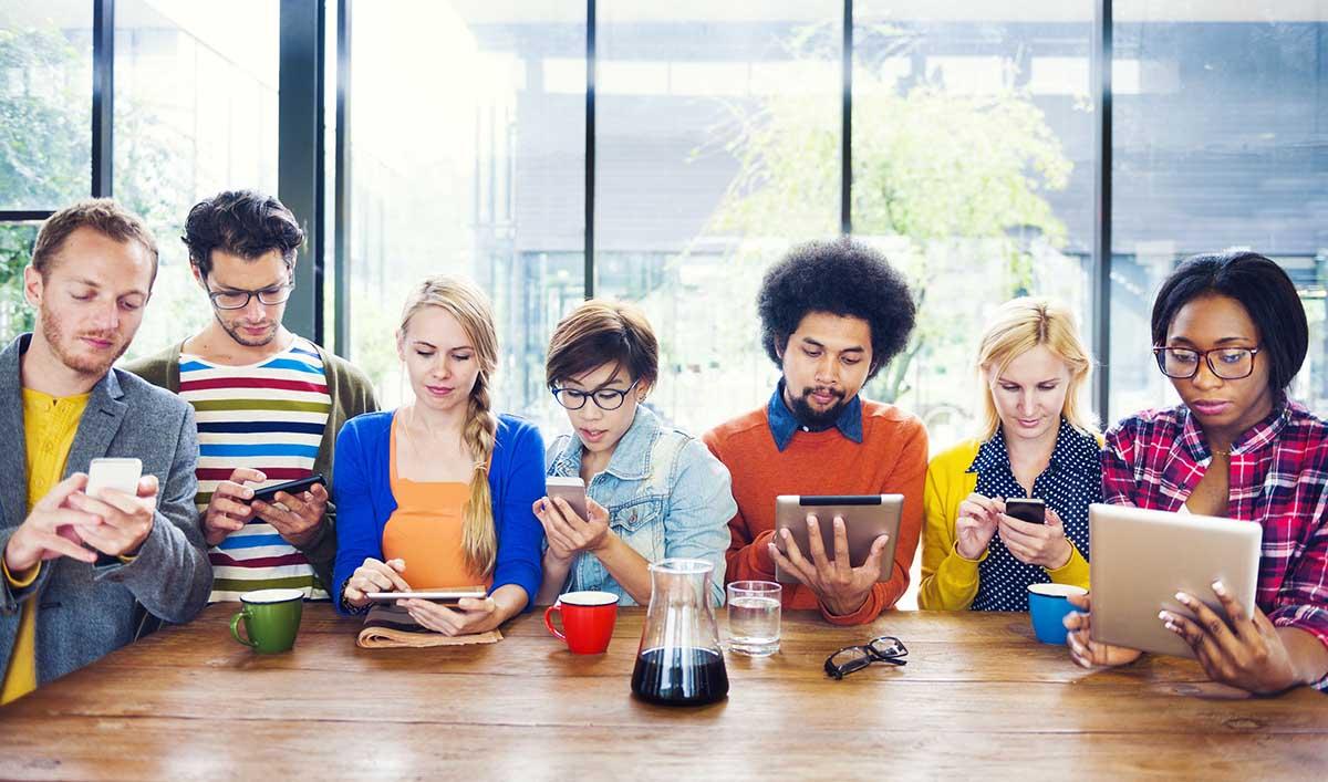 نسل Z و چالش های فضای مجازی