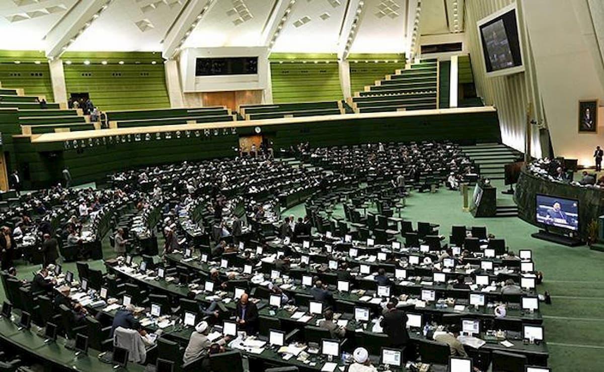 ماجرای حاشیه ساز تحویل دناپلاس به نمایندگان مجلس + واکنش ها