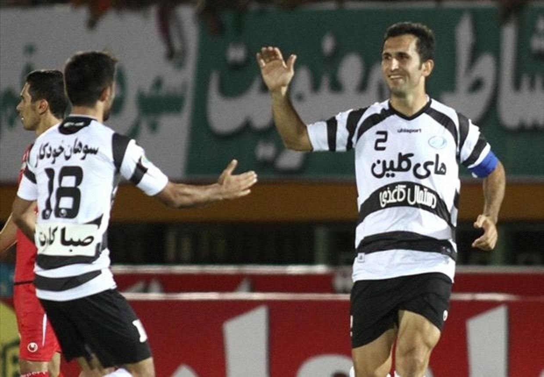 در فوتبال ایران بدون رابطه نمی توان وارد دنیای مربیگری شد/پرسپولیسی ام اما از استقلال پیشنهاد داشتم