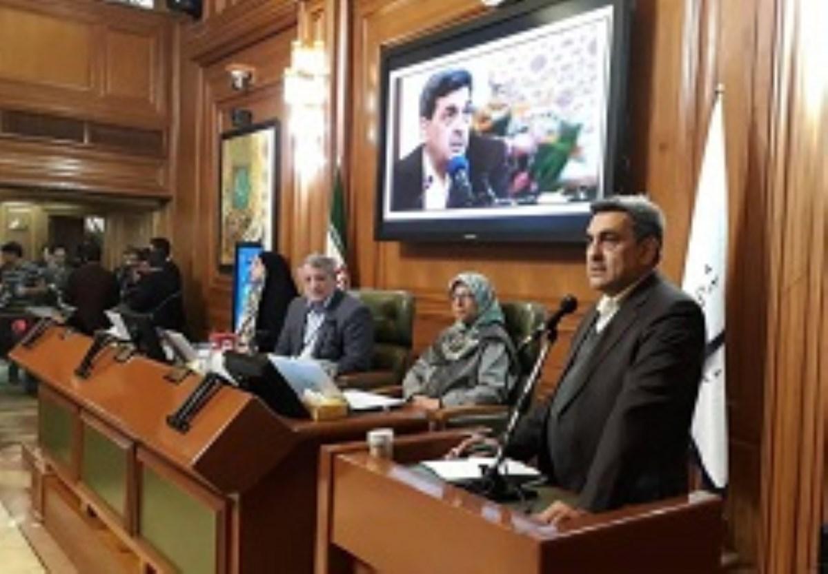 شهردار تهران: امیدوارم که شرمنده مردم نباشم/ توجه به جوانان و شایستهسالاری را در اولویت قرار خواهم داد