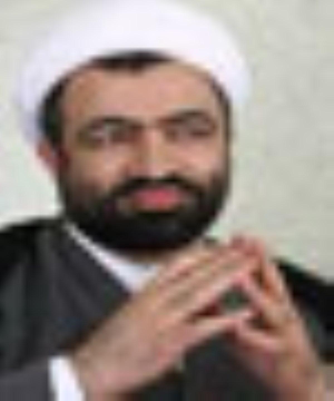 حسيني توانايي تصدي وزارت ارشاد را دارد