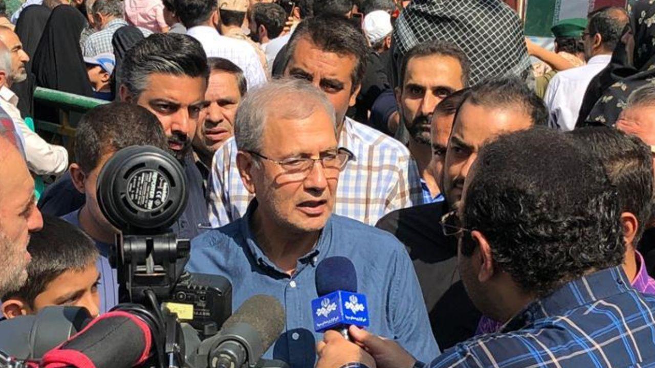 سخنگوی دولت: سوختگیری با کارت جایگاهداران به ۱۵ لیتر رسید/ دولت با حضور زنان در ورزشگاه موافق است